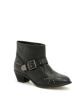 Asos Austin studed ankle boot 634,- (asos)
