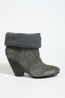 Knit cuff wedge bootie 75£ (urbanoutfitters.co.uk)
