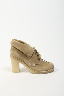 See by Chloe desert boot 289£ (urbanoutfitters.co.uk)
